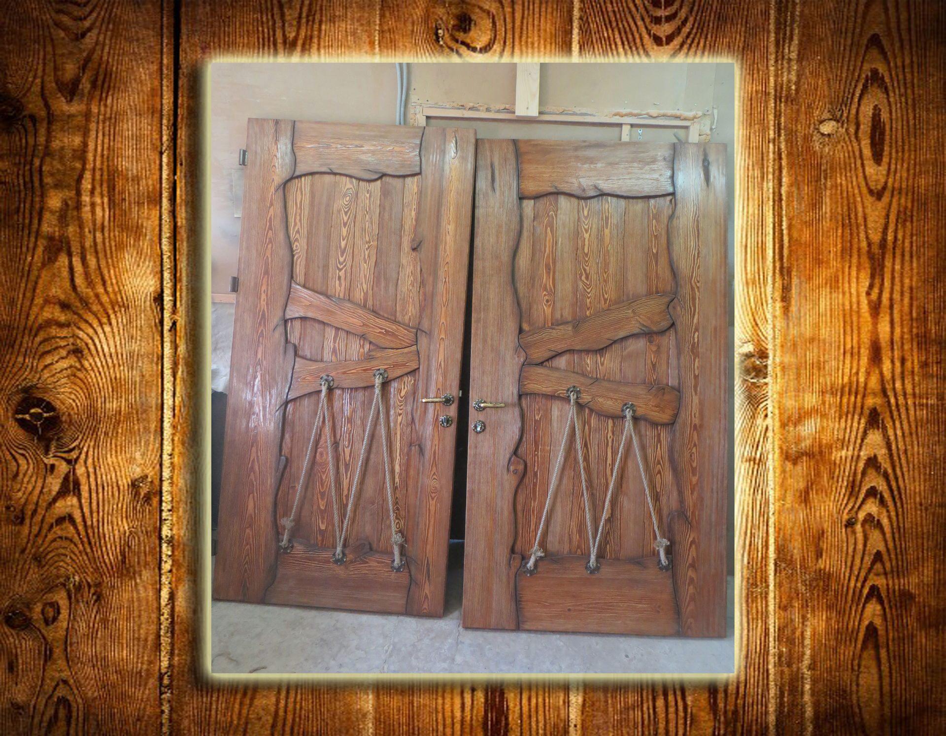 Двери из дерева под старину своими руками